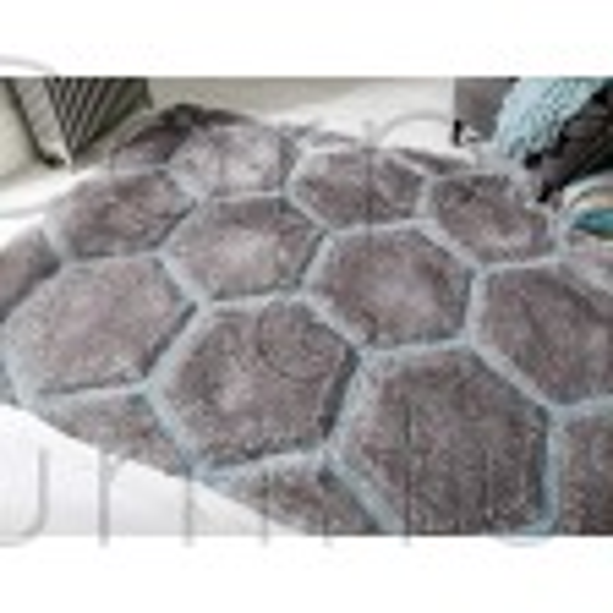 "Verge Honeycomb Grey Duck Egg Rug - Size 160 x 230 cm (5'3"" x 7'7"")"