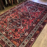 Persian Shiraz Tribal Wool Rug - 171 x 258 cm